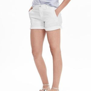 Banana Republic roll up chino shorts